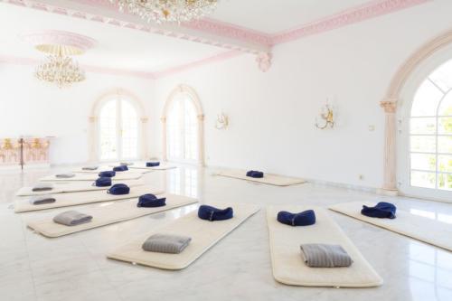 Yoga-North-reatret-Villa-Dorothea-1